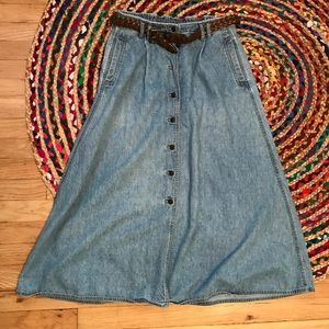 Liz Wear Vintage Jean Skirt